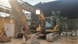 Escavadeira carterpillar