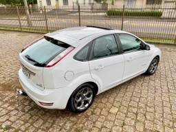 Ford Focus Hatch 2.0 TITANIUM 2012