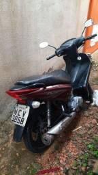 Vende-se ou troca por moto alta e dou a diferença