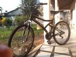 Bicicleta aro 26 + suspensão dianteira e 21 marchas