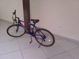 Bicicleta  muito nova pouco uso