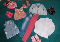 Lote roupas e calçados