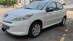 Peugeot 207 XR 1.4 / 2013