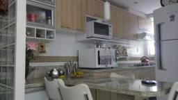 Lindo Apartamento 2 Dorm. - Cond. Vitória Régia - Centro - Esteio