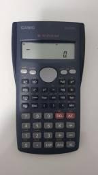 Calculadora científica Casio fx-82ms