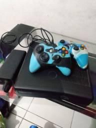 Xbox 360 350 R$