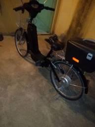 Bicicleta elétrica estilizada