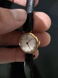 Relógio ômega ouro 18/750 feminino