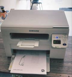 Impressora Multifuncional laser Samsung SCX-3405W com ( Wi-Fi )