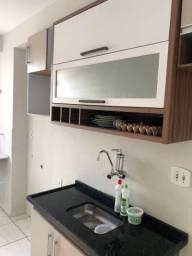 Alugo AP com móveis e condomínio incluso