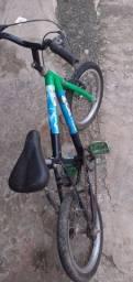 Vendo essa bicicleta aro 16