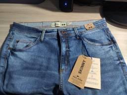 Calça jeans skinny 44 (NOVA)