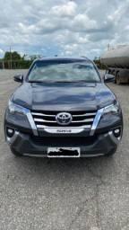 Toyota Hilux SW4 SRX