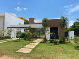Casa térrea no Condomínio Ninho Verde em Pardinho - SP