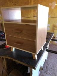 Mesa de cabeceira estilo retrô , 2 gavetas, mdf, novo