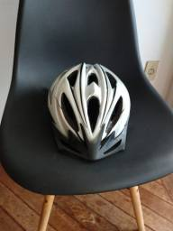 Vende-se capacete Oxer novíssimo