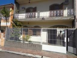 Cascadura - Casa Duplex de Vila Prox Rua Clarimundo de Mello.