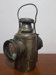 Lanterna Antiga Ferrovia