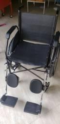 Vendo ou troco por chapa ou barraca, cadeira de Rodas até 100kg
