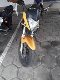 Motocicleta CB 300 HONDA