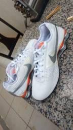 Tênis Nike Shox 4 mola