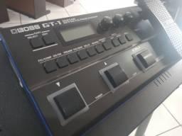 Pedaleira Boss GT-1
