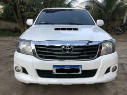 HILUX CD 2015 4X4 DIESEL, COMPLETA, CONSERVADA
