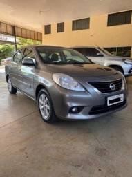 Nissan versa 2014 1.6 16v flex sl 4p manual