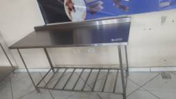 Mesa Bancada Manipulação Cozinha Industrial 1,50x0,60 100% Inox