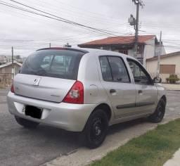 Renault Clio 1.0 flex Impecável.