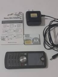 Celular Motorola F3 básico funcionando