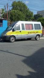 Vendo Van escolar com local de trabalho