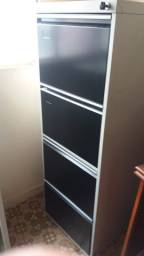 Arquivo de aço 4 gavetas Pandin cinza e preto