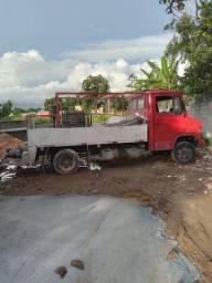 Caminhão bomba de concreto p88