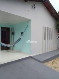 Casa com 2 dormitórios à venda, 73m² por R$ 390.000 - Ilhotas / Zona Leste - Teresina/PI