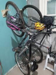 Bicicletas semi novas.