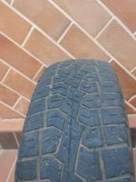 Pneu Pirelli 205/70 R 15