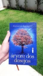 Livro Árvore dos desejos Lançamento Intrínseca Semi novo