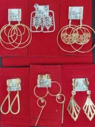 Vendo semi jóias banhadas a Ouro e Banhadas a Rhodium branco.
