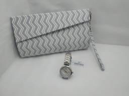 Presente da Mamãe - Bolsa Clutch + Relógio
