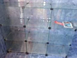 Vidraça de lojinha novíssima
