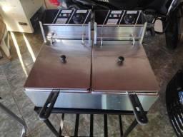 Fritadeira elétrica Venâncio com mesinha