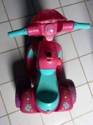 Título do anúncio: Moto elétrica infantil bandeirantes 6v