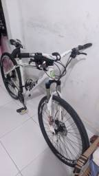 Título do anúncio: Bicicleta Completa, ou para negociar em celular