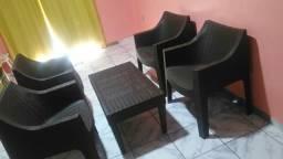 Conjunto de cadeiras poltronas
