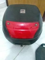 Bau de moto cabe 01 capacete grande