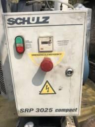 Compressor parafuso SRP3025 com reservatório