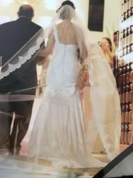 Lindo vestido de noivas