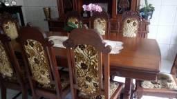 Jogo de mesa e Armário Antigo