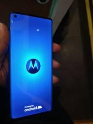 Celulares Motorola na caixa.